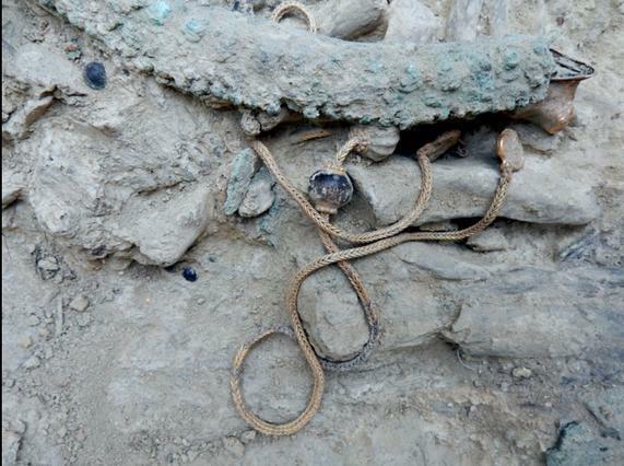 Ασύλητος τάφος σε γήπεδο μπάσκετ στο Σκαμνέλι Ιωαννίνων