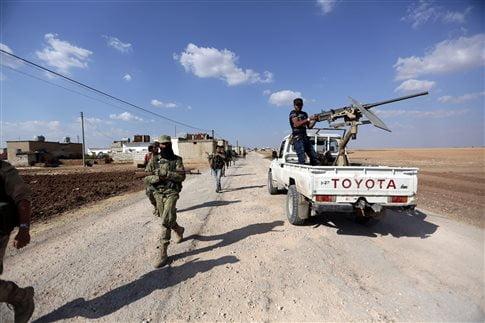 Αντικαθεστωτικοί βόρεια του Χαλεπίου: Η ISIS χρησιμοποιεί προπαγανδιστικά μία εσχατολογία «τελικής μάχης» μεταξύ πιστών και απίστων   (Φωτογραφία:  Reuters )