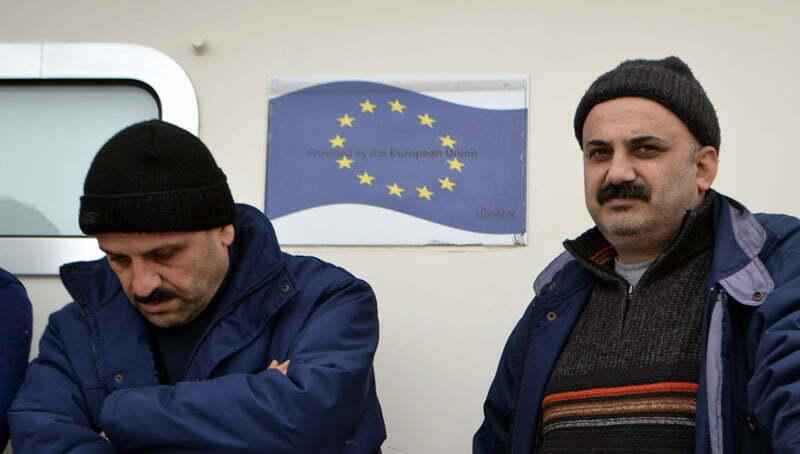 Σκάφος της Frontex  μεταφέρει πρόσφυγες και μετανάστες στο λιμάνι της Μυτιλήνης, Τετάρτη 2 Μαρτίου 2016. Οι μετανάστες και οι πρόσφυγες θα μεταφερθούν στο hot spot της Μόριας προκειμένου να καταγραφούν και να πιστοποιηθούν. ΑΠΕ-ΜΠΕ/ΑΠΕ-ΜΠΕ/ΠΑΝΑΓΙΩΤΗΣ ΜΠΑΛΑΣΚΑΣ