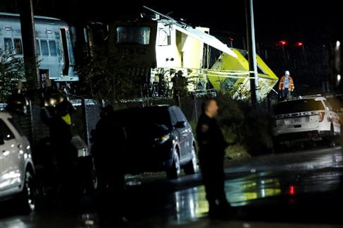 To περιστατικό διέκοψε την σιδηροδρομική κίνηση στο σημείο   (Φωτογραφία:  Reuters )