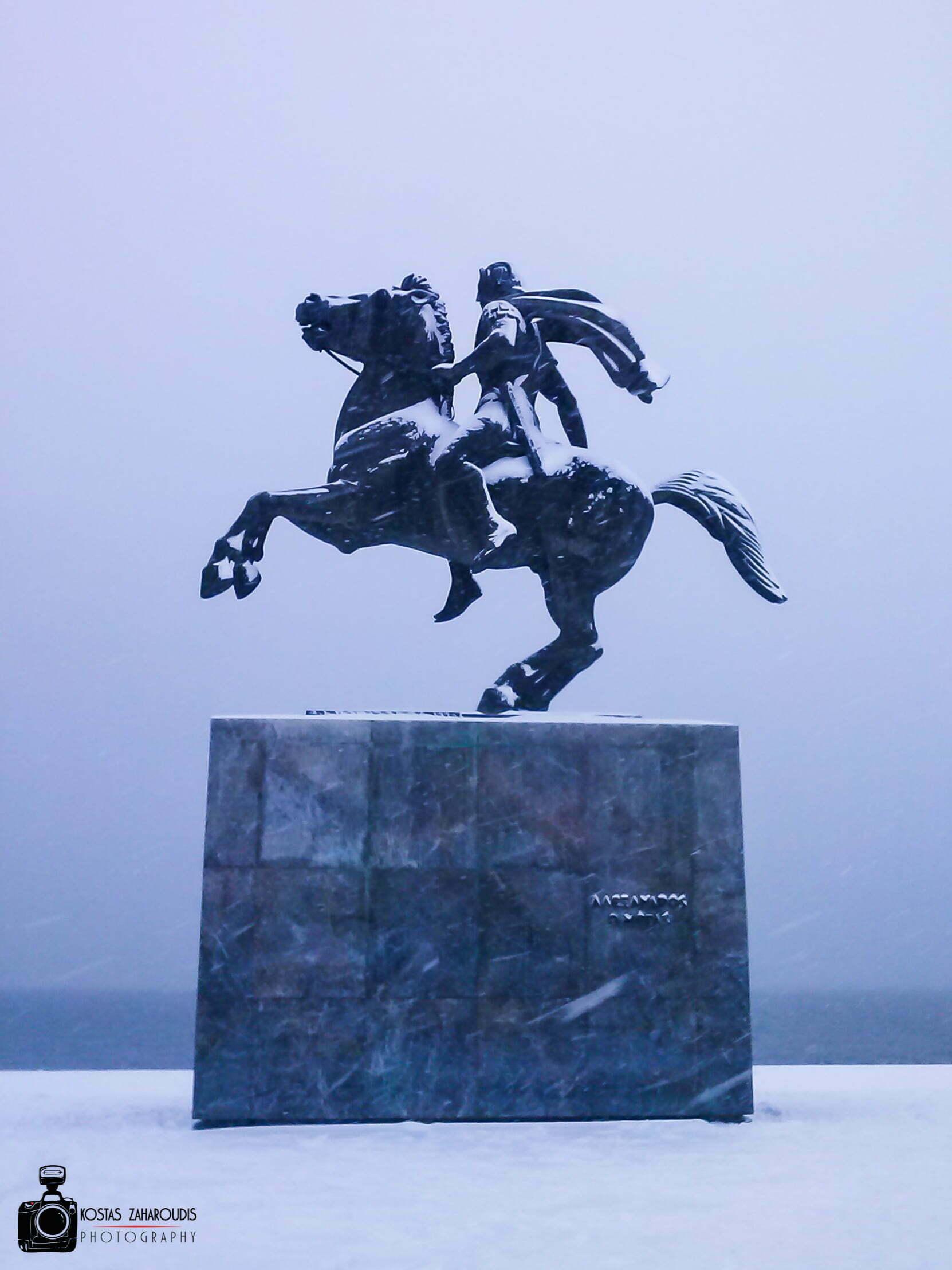 χιονι, Κώστας Ζαχαρούδης