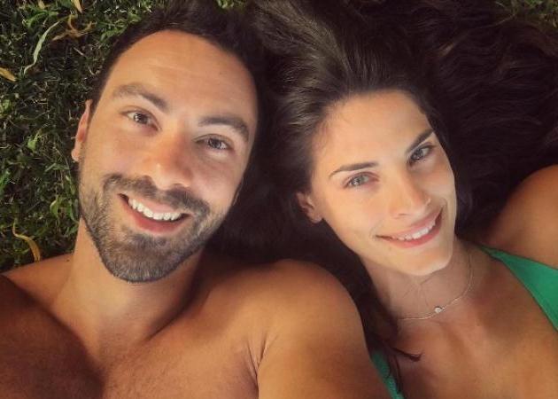 7f2646beef99 Ο Σάκης Τανιμανίδης έκανε πρόταση γάμου στην αγαπημένη του (ΦΩΤΟ ...