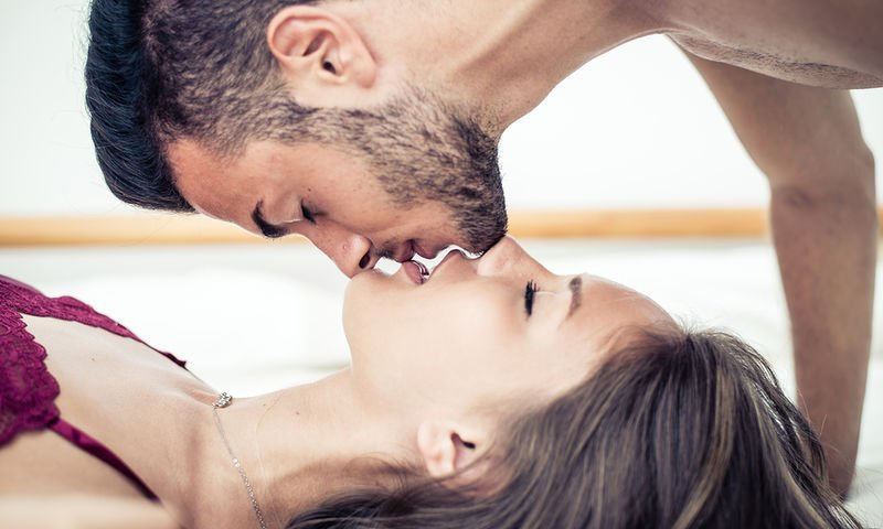 Λεσβιακό τραβεστί πορνό κανάλι