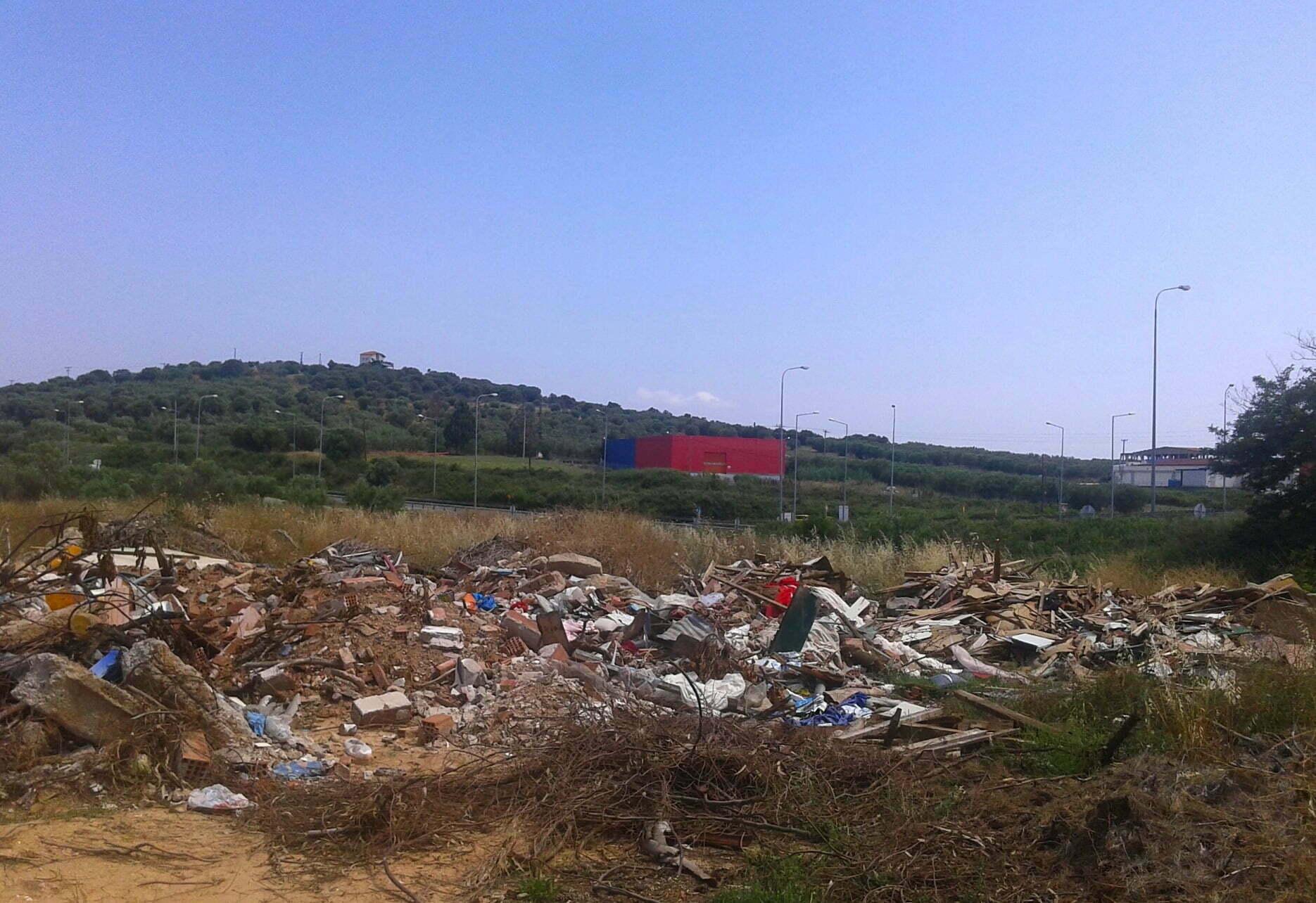 eec7d3c433b Έκκληση στους δημότες να μην αφήνουν μπάζα και ογκώδη αντικείμενα στα  πεζοδρόμια του δήμου Ωραιοκάστρου