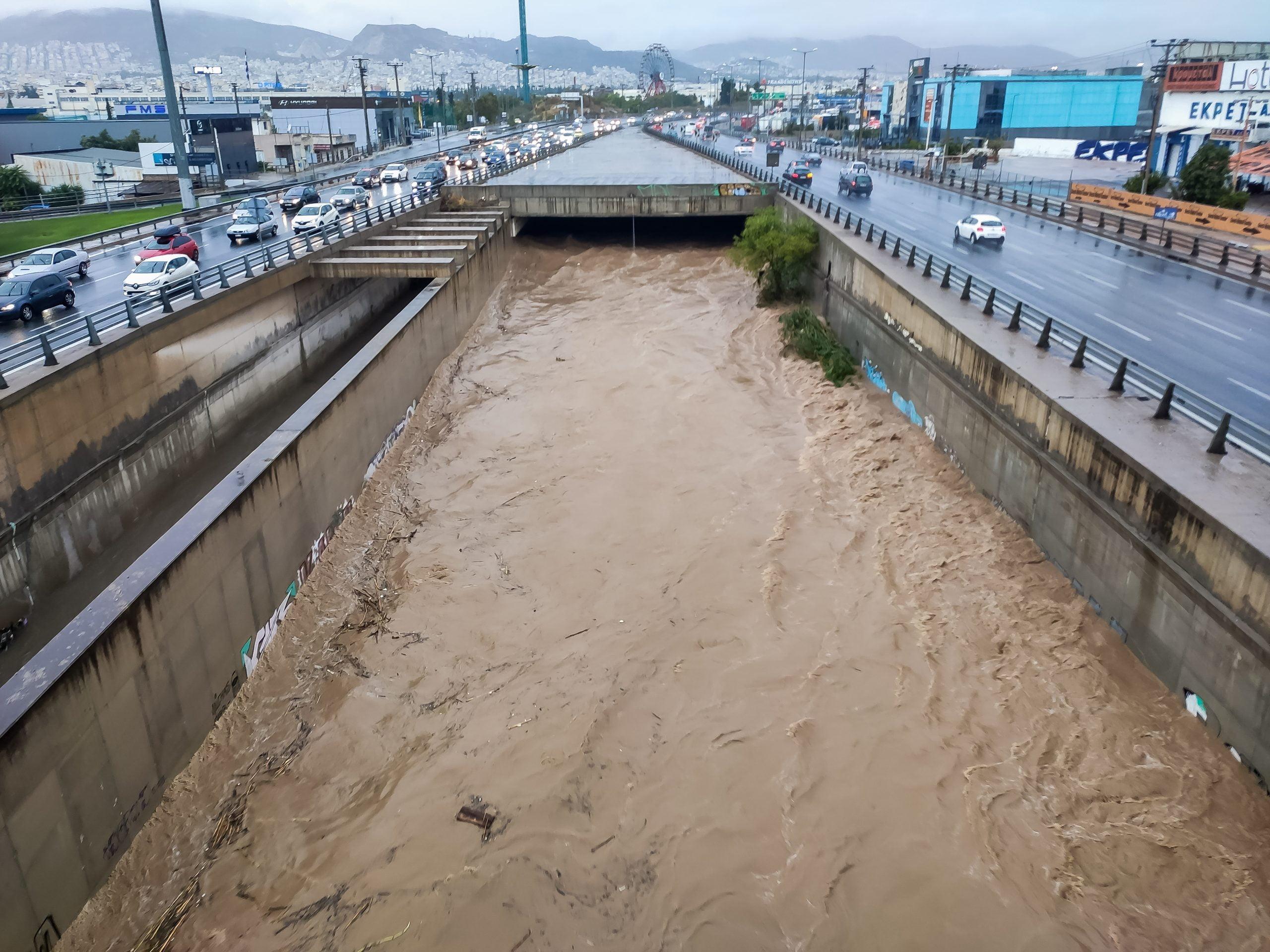 """""""Μπάλλος""""- Λέκκας: 30 εκατομμύρια τόνοι νερού έπεσαν στην Αττική"""